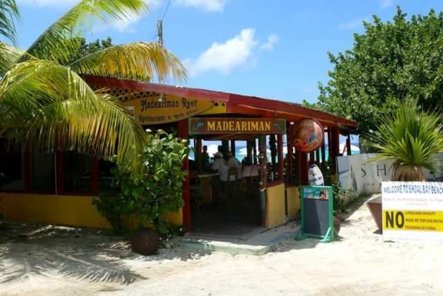 Madeariman Restaurant and Bar 3