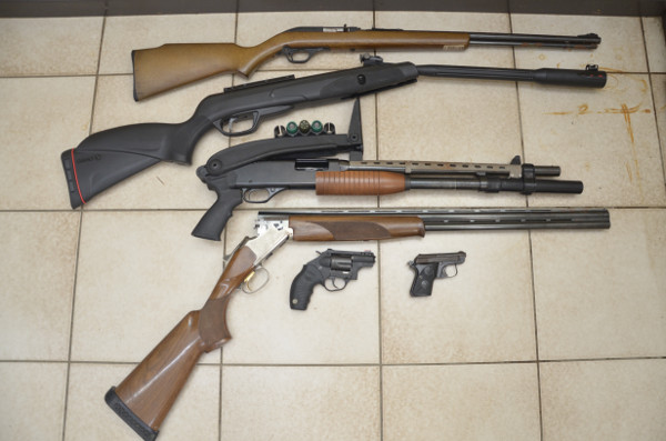 confiscatedguns26092017